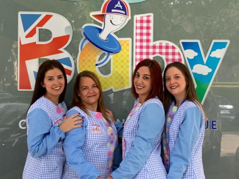 Imagen: Educadoras infantiles - Centro Infantil Bilingüe | Andrew English School
