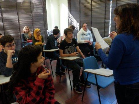 Imagen  Simulacros de exámenes correspondientes a los niveles B1 y B2 (Pet y First de Cambridge) - Andrew English School
